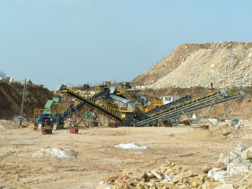 Semi-mobile crushing and screening complexes DSU-90, DMS-200, DMS-300 for cube-shaped crushed stone