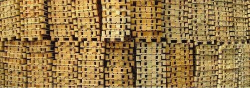 A dry heat treatment of wooden packaging