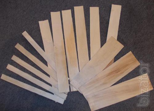 Tarnos the plate of peeled veneer
