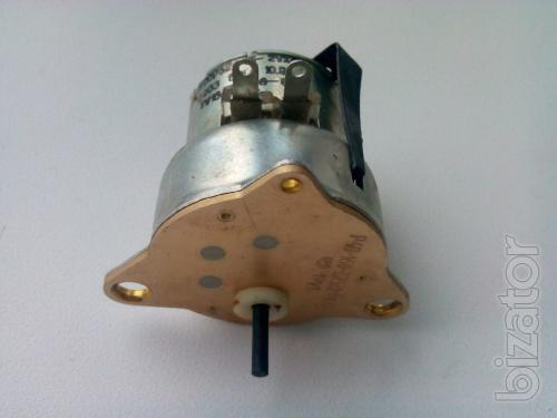 The motor FDLR-32-15-2 UHL 220V Ob/min