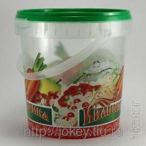 The oval bucket 5.6 l for salting fish, vegetables