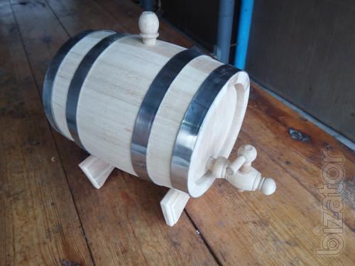 Oak barrels for alcohol and pickling