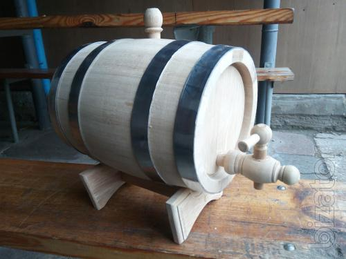 Sell oak vats, barrels of different size and destination