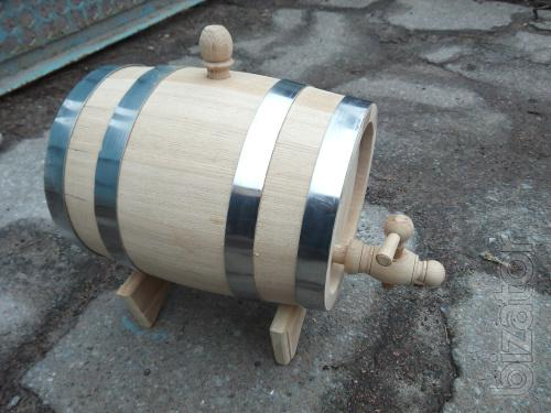 Oak barrels for different needs. Barrel oak