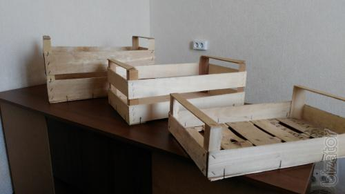 The drawers are veneered in Crimea for fruits and vegetables