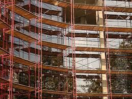 Frame scaffolding for facade