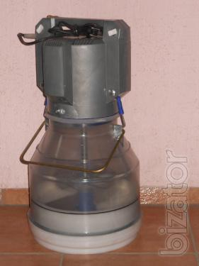 Sell churn with stainless blade for 1600грн.