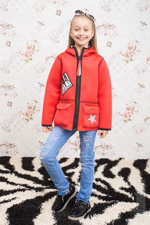 Children's jackets, cloaks, windbreakers wholesale.