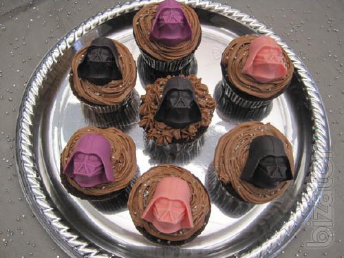 shape ice tray Darth Vader