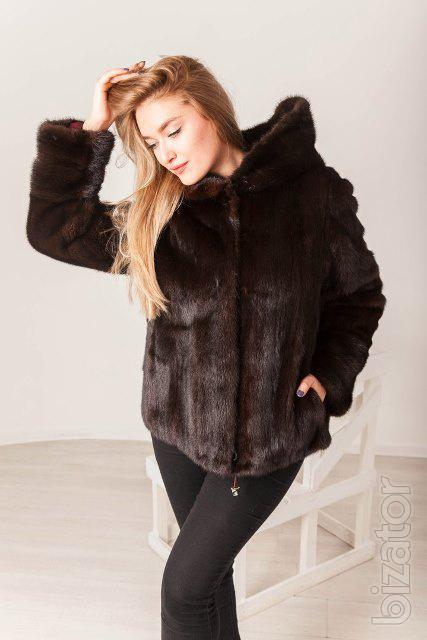 Shop the latest styles of Womens Fur Coats at Macys. Check out our designer collection of chic coats including peacoats, trench coats, puffer coats and more! Short (42) Size Range Clear. Regular () Plus Sizes (4) Size Sale $ more like this. 2 colors.