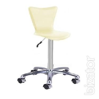 Chair Sarah R on wheels