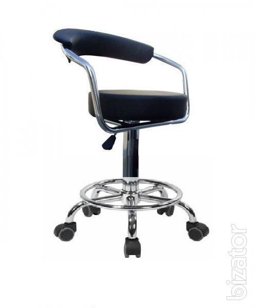Chair Marcel R on wheels
