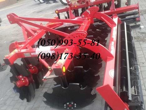 The disc harrow Pallada 2400-01 hinged Chervona Zirka