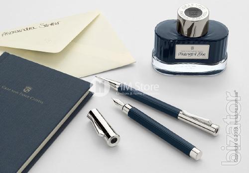 Handle finliner of a platinum trim, Graf von Faber-Castell collection Night Blue, Metal