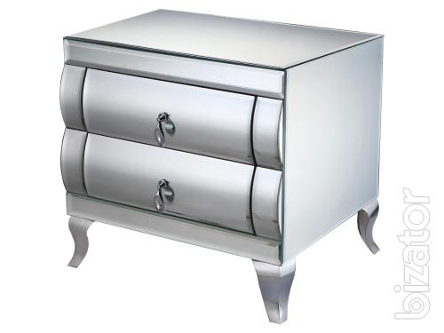 Odessa Mirror coffee table in any living room will make note of originality and somewhat relieve the space. Lions Mirrored chest is good