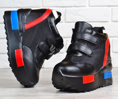 Sneakers women's platform black breathable Casta Poland