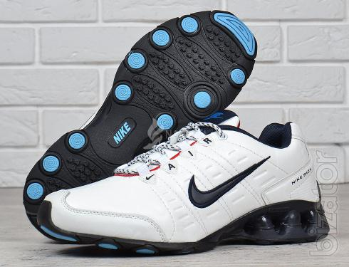 Mens leather running shoes Nike Air Shox running white