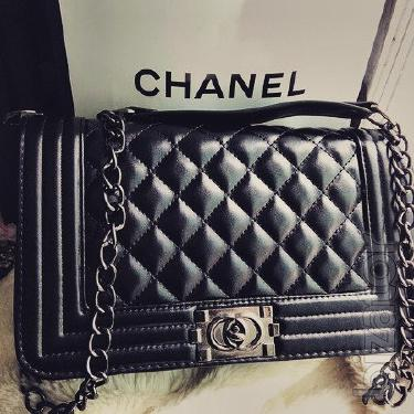 Chanel bag fight , the retail price 344грн