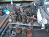 Acquire expensive drilling tools ,roller cone bits,air hammers crowns to them .Will consider any offers t 89029131421