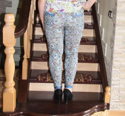 Women's pants with bright patterns