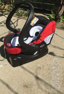 Sell stroller Chicco 3 in 1. In good condition.