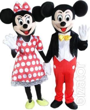 Mascot Mickey mouse, girl, boy