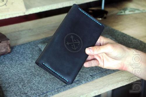Men's wallet T-Case is a bright and stylish Mens Wallet Leather