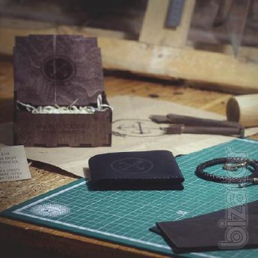 Gift set for men: men's wallet + leather bracelet