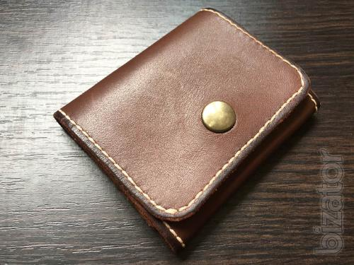 Money clip made of one piece of leather