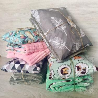 Baby plush blanket and pillow. In the present Palanka!