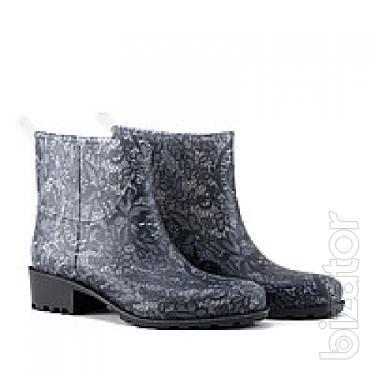 Two tone shoes women's