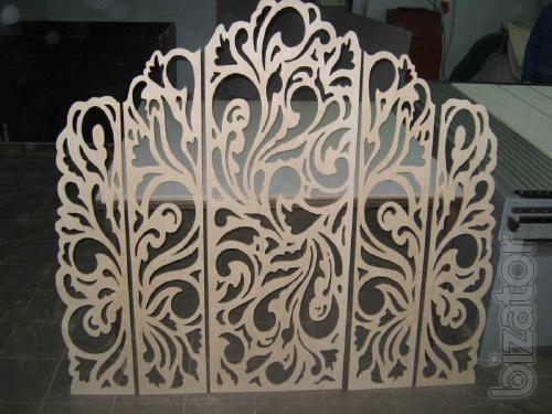 Partition decorative MDF and plywood.