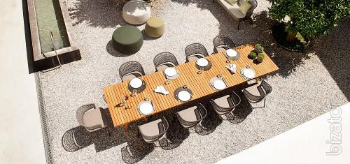 Italian outdoor furniture: garden tables, chairs, sofas, armchairs