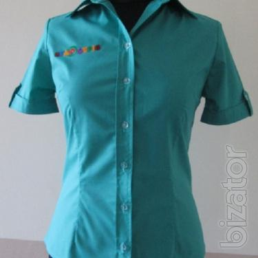 Blouse with short sleeve
