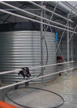 Tanks of 200 m3 liquid capacity of 200 cubic meters