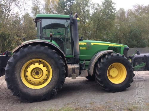 Tractor John Deere 8520 2005, Nara. -7900 m/h, power HP 334, box Powersfift.