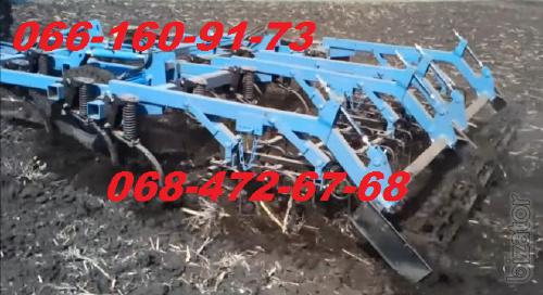 Solid cultivator KGS 4 with springs and harrow