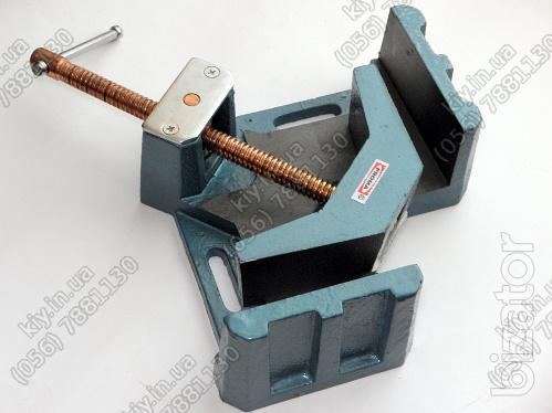 The vise is angled 90 degrees