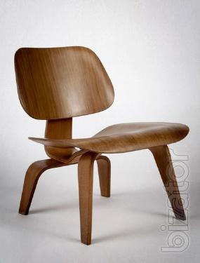 The Nordic chair, bent plywood, natural color walnut