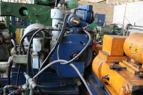 Universal cylindrical grinding machine SHU 321
