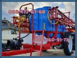 Trailed sprayer for field crops