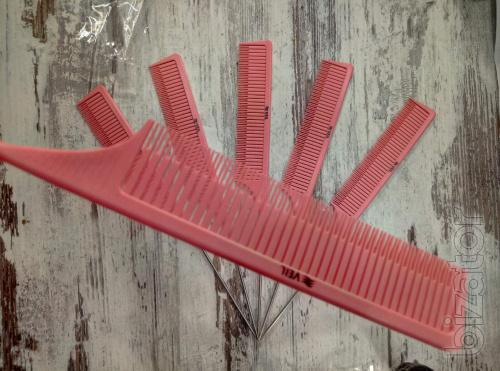 Comb for dyeing
