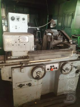 Universal cylindrical grinding machine 3Б12