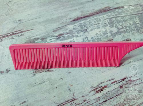 Comb VEIL to set, staining the strands,