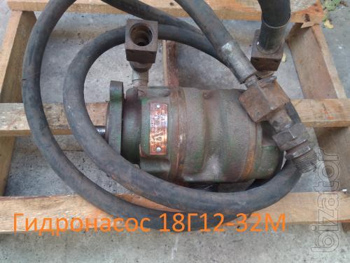 Насос пластинчатый (ротационный, шиберный, лопастной) 18Г12-32.