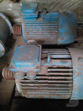 Motor 4AM-132 M8 4 2 V5