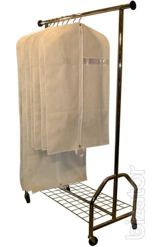 Чехлы для одежды из спанбонда