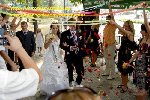 Тамада и музыка! свадьба, день рождения, юбилей, корпоратив, выпускной вечер в Киеве!