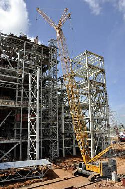 Rent crane 300 ton