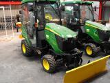 Tractor for utilities John Deere 1026